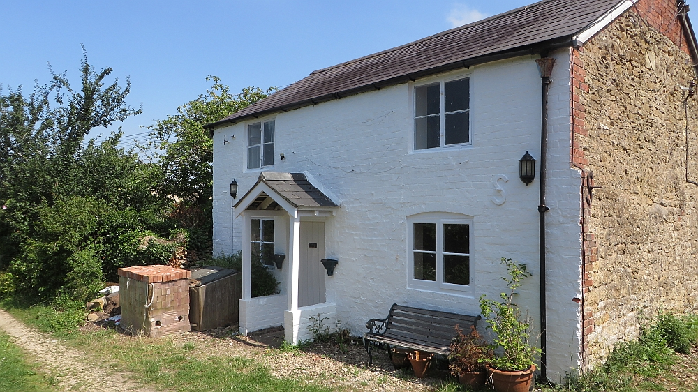 2 Bedroom Cotswold Holiday Cottage Disabled Access